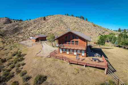 5 Yellow Pine Drive, Boise County Idaho